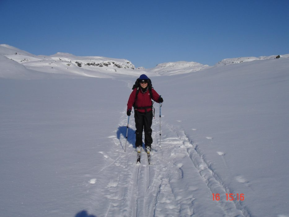 Skiing Across The Hardangervidda