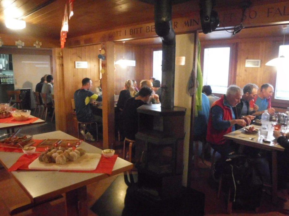 13 Glacier Walkers Overnight In Konkordia Hutte