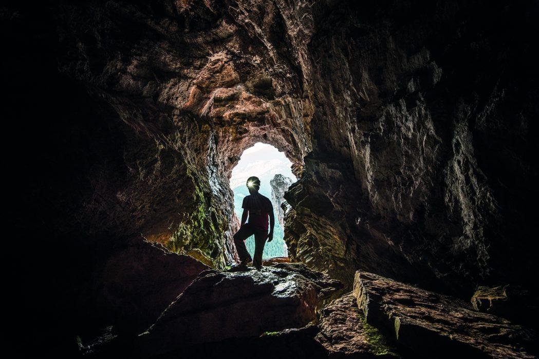 084 Entering The Grotta Di Tofana