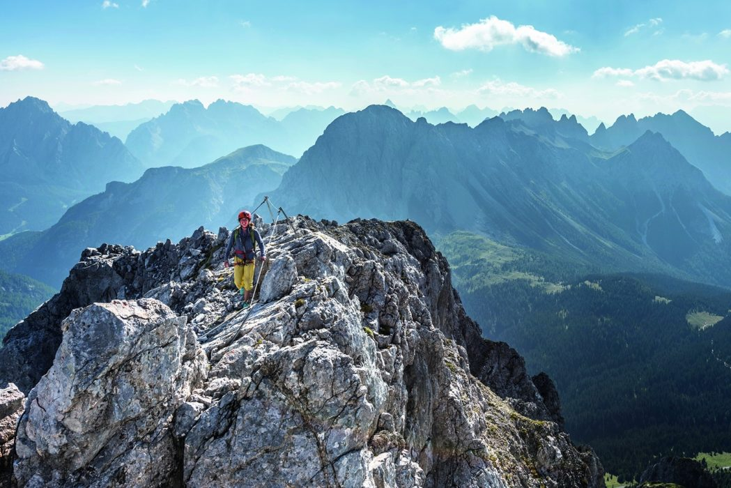 141 Spectacular 360 Degree Views Await On The Summit Ridge Of Monte Chiadenis