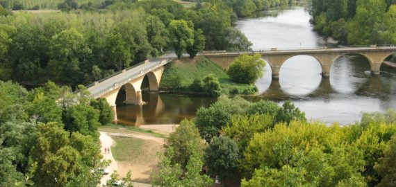 9  The Confluence Of The Dordogne And Vezere Rivers