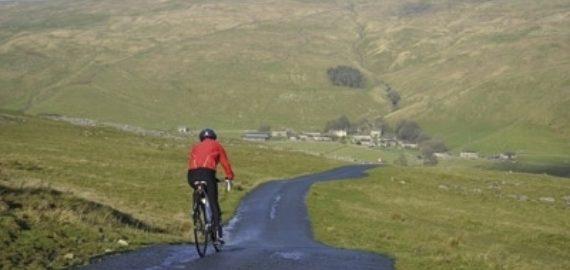 Descent to Halton Gill, Littondale (Route 10)