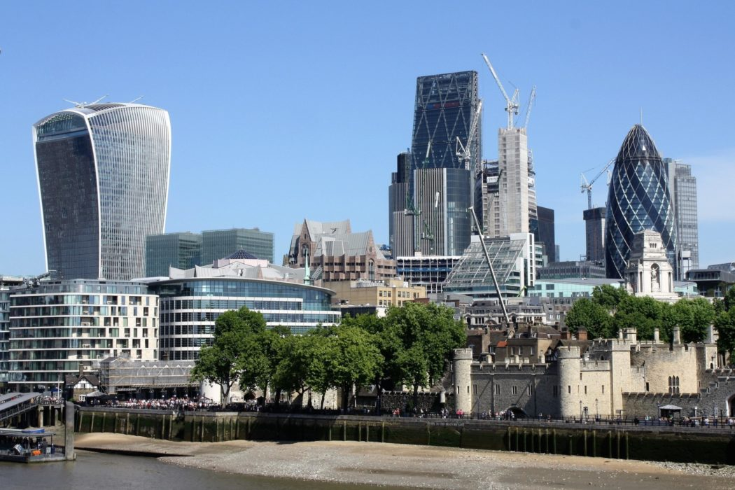 P009 The Trail Of Two Cities Starts Close To The City Of London