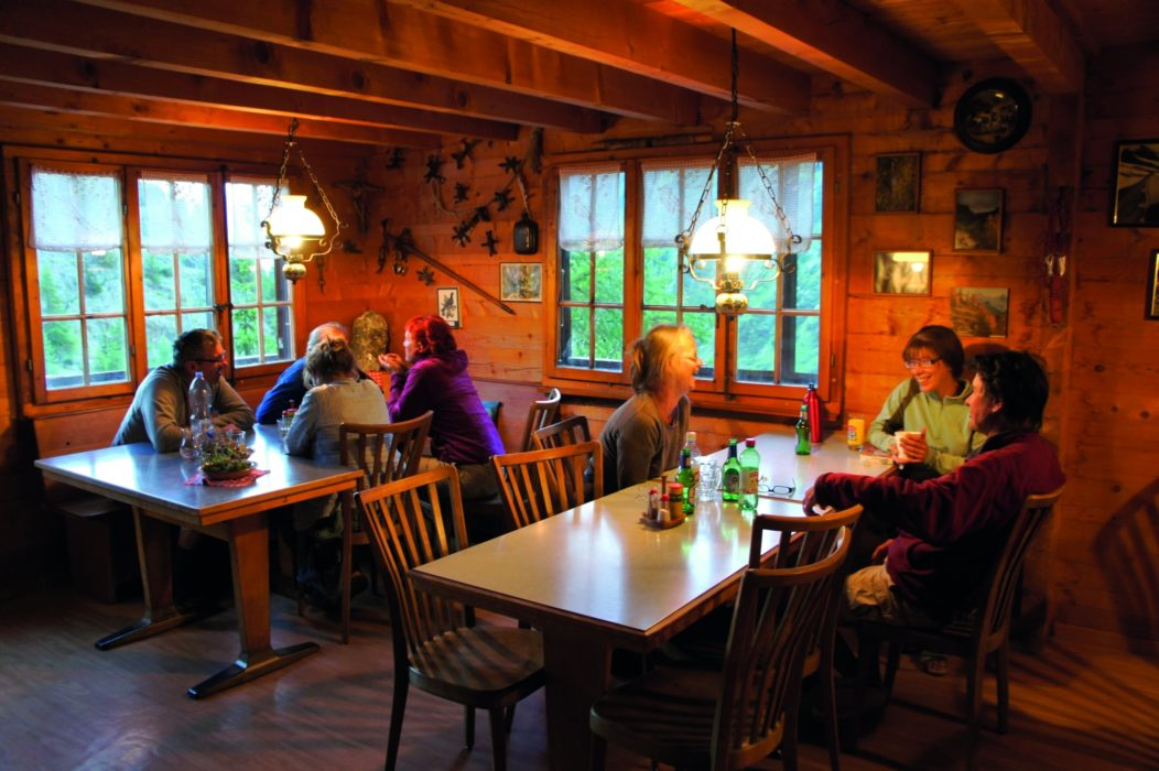 A typical hut dining room