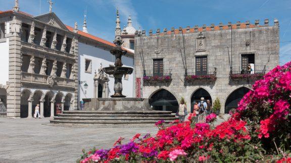 Coastal Camino: Praca Da Republica Viana Do, Castelo