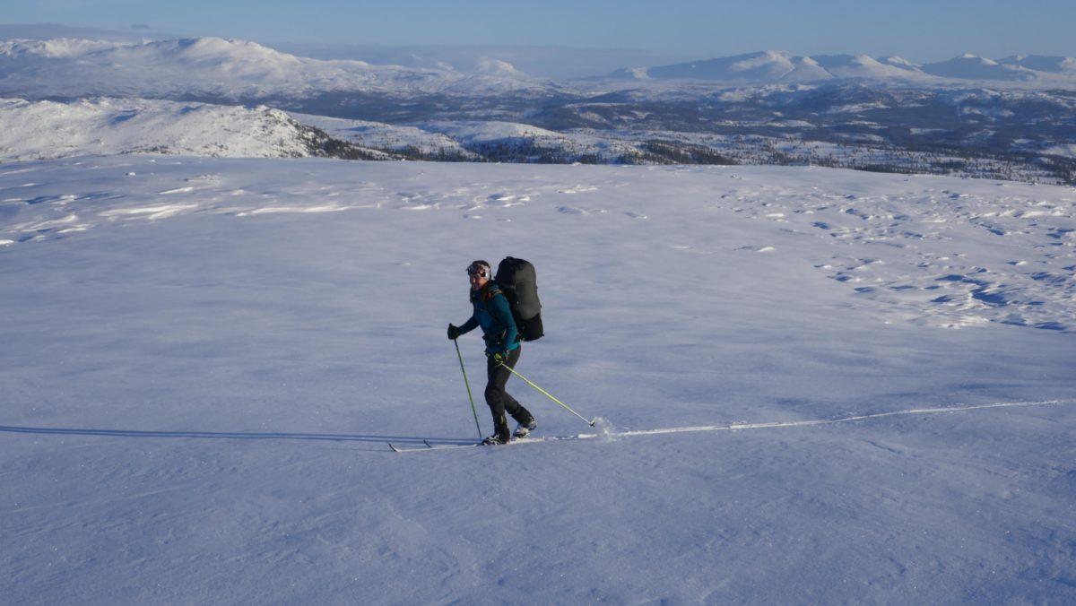 Skiing to the Schulzhytta