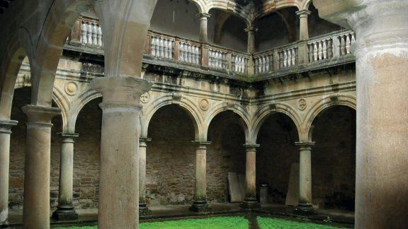 The monastery of Zenarruzas Cloister