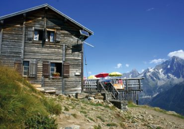 The Refuge de Bellachat (2152m)