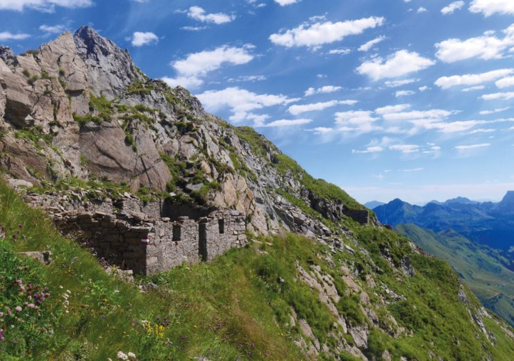 What is a peace trail? Traces of war and reconciliation in the Carnic Alps, near the Dolomites