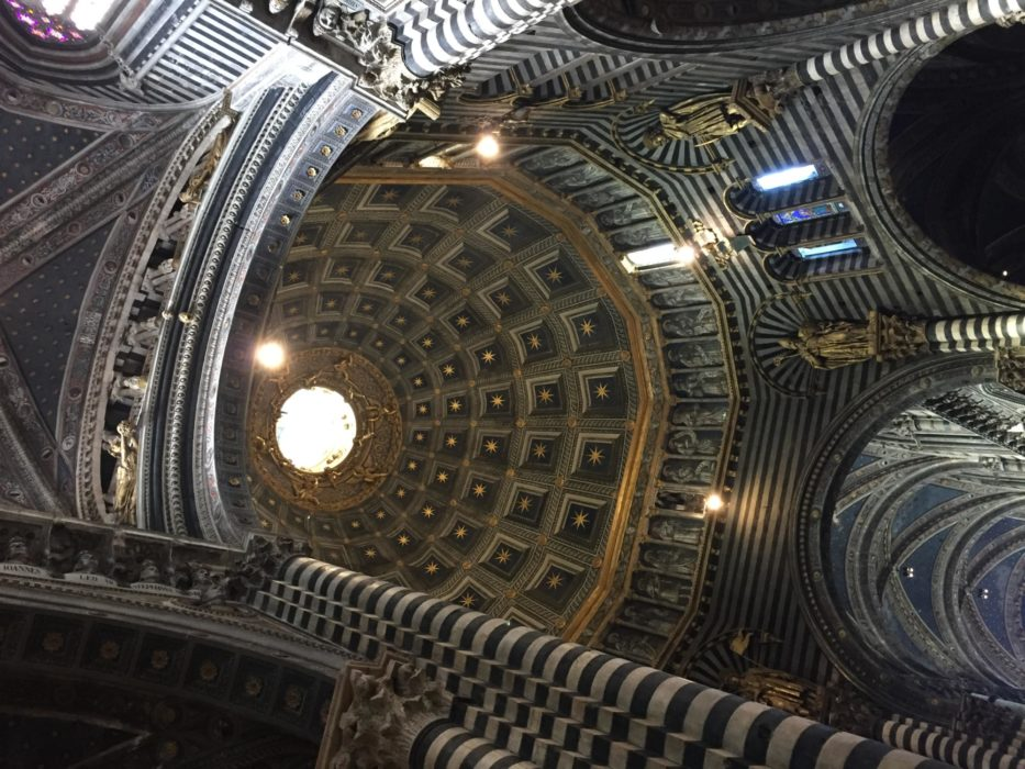 The stunning interior of the Siena Duomo, with its soaring dome. (Via Francigena)