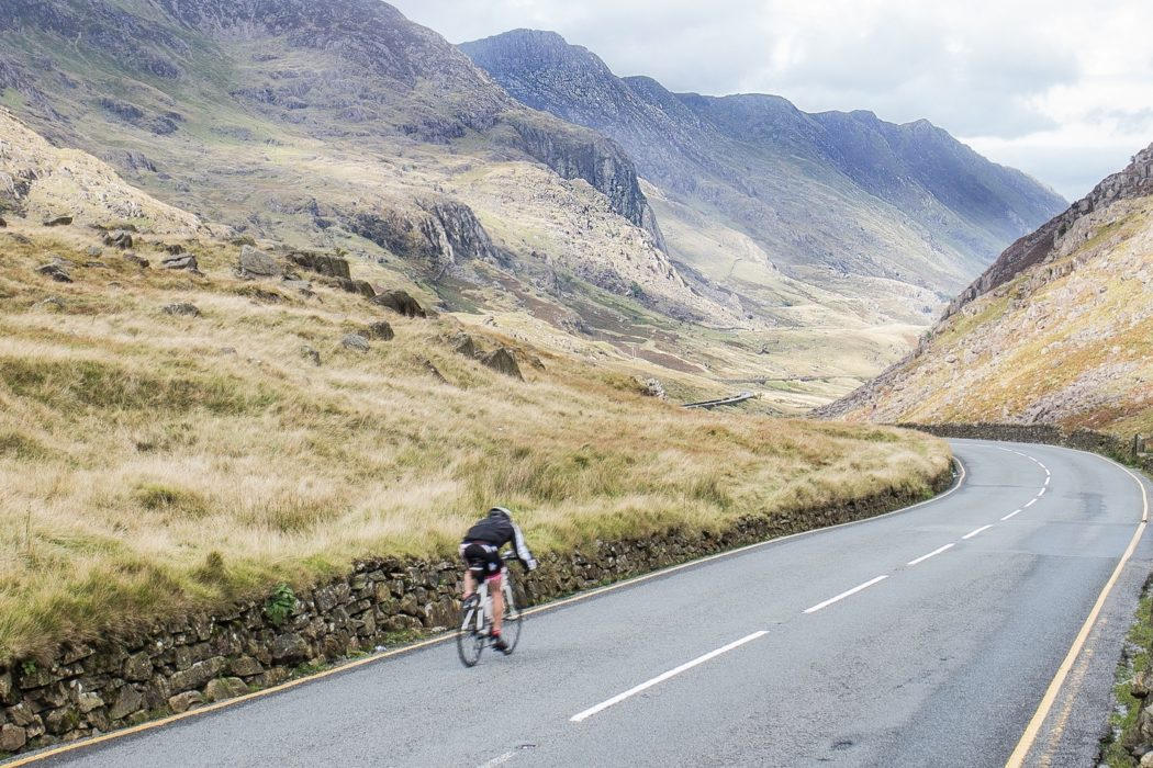 Dropping down from Pen Y Pass into the Llanberis Pass