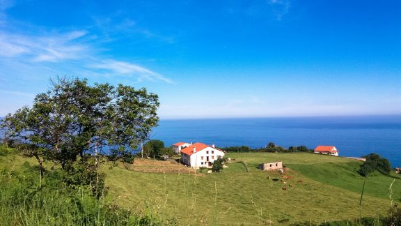 Day 4. Caserios and the Cantabrian Sea