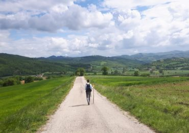 Walking into an Umbrian vista between Citerna and Citta di Castello