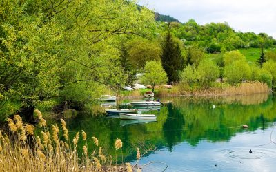 Beautiful reflections on Lake Scanno
