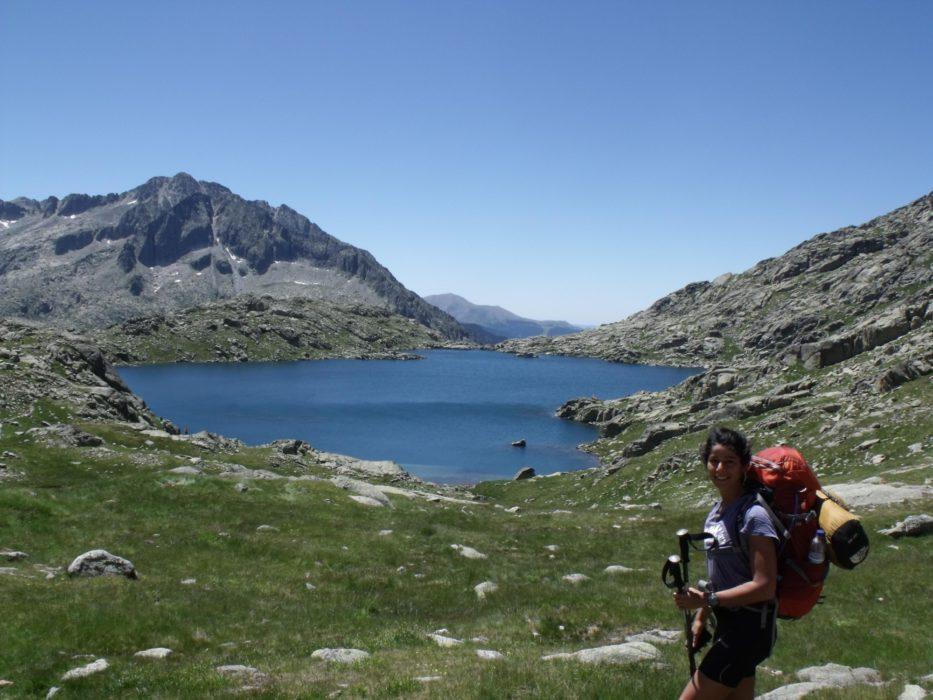 GR11 hiker above Estany de Monges