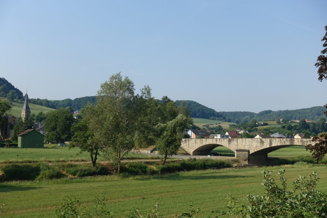 Bridge over Sûre River near Gilsdorf (Luxembourg)