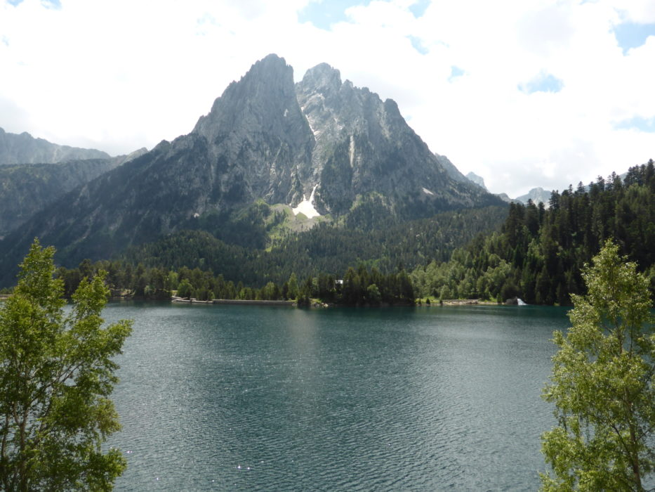 The 'enchanted' peaks, at the St Maurici lake