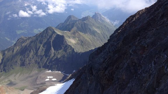 Habicht (3277m) is an accessible alpine peak in the Stubai valley with several scrambling ascents from different directions