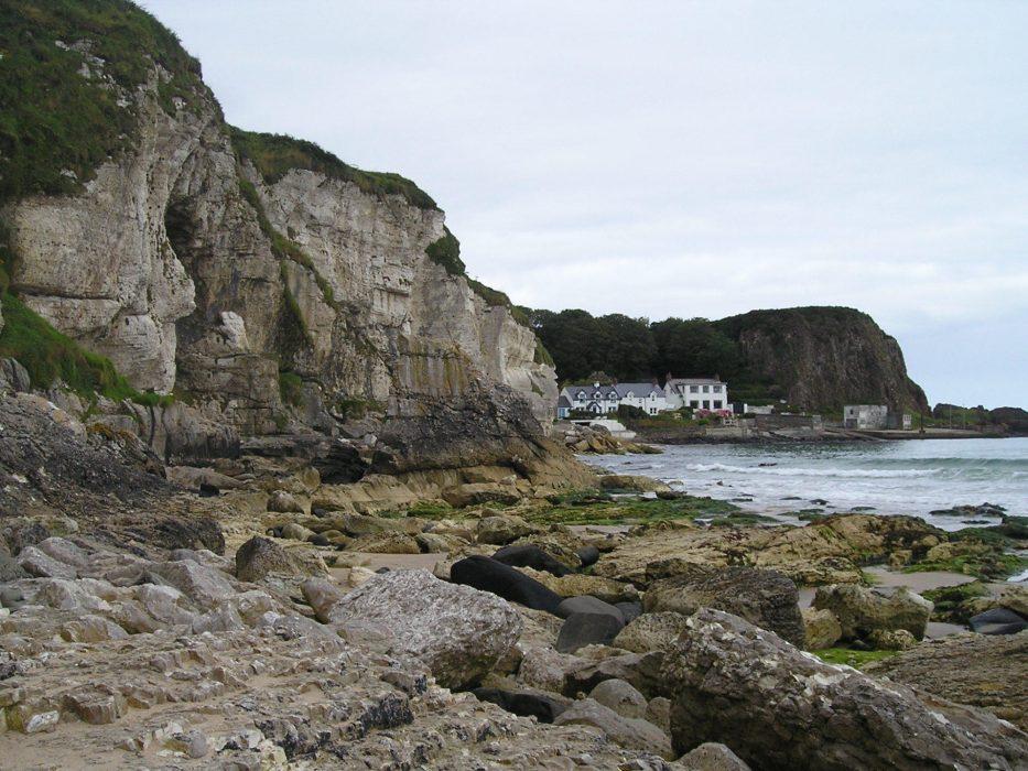 Walk 1 02 Cliffs near Portbraddan