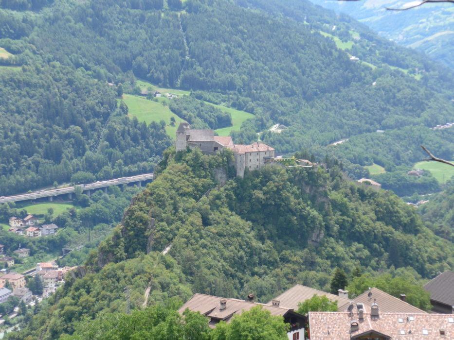 Klöster Säben, a hilltop convent, from the Keschtnweg