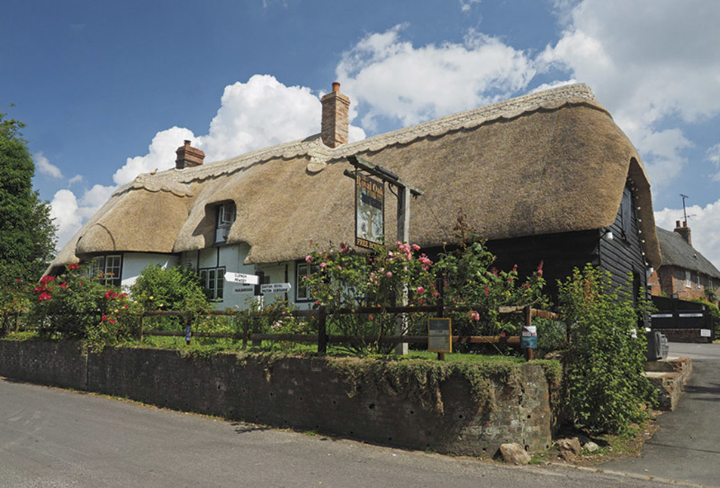 The thatched Royal Oak pub in Wootton Rivers