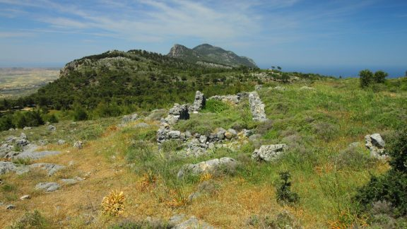 From the ruins the Kyrenia range rolled on into the distance