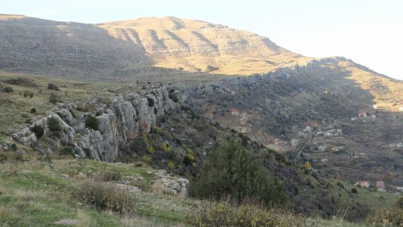 En route to Faraya, the trail climbed easily atop the cliff