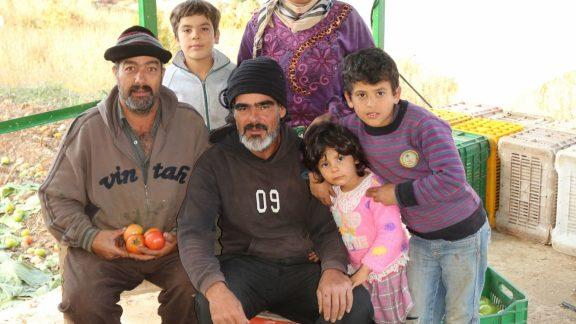 Muslim family in Afqa