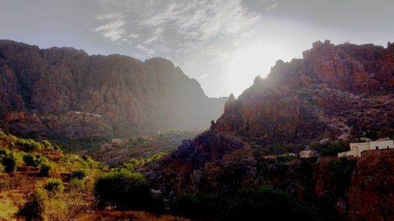 Evening sunlight on the walls of Jebel Tikwyene