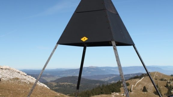 007 The summit of Mont Tendre (1679m), the highest peak in the Jura mountains (Stage 12)