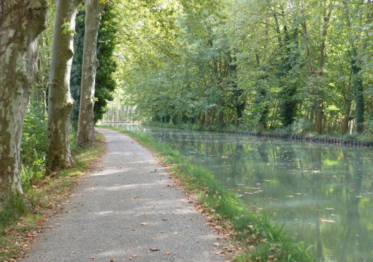 The Canal de la Garonne from Bordeaux to Toulouse – a cyclist's dream