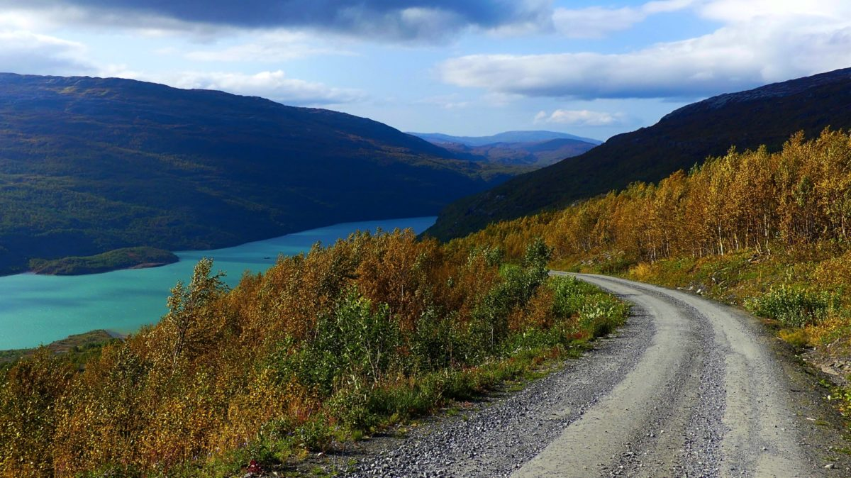 7 Langvatnet Lake
