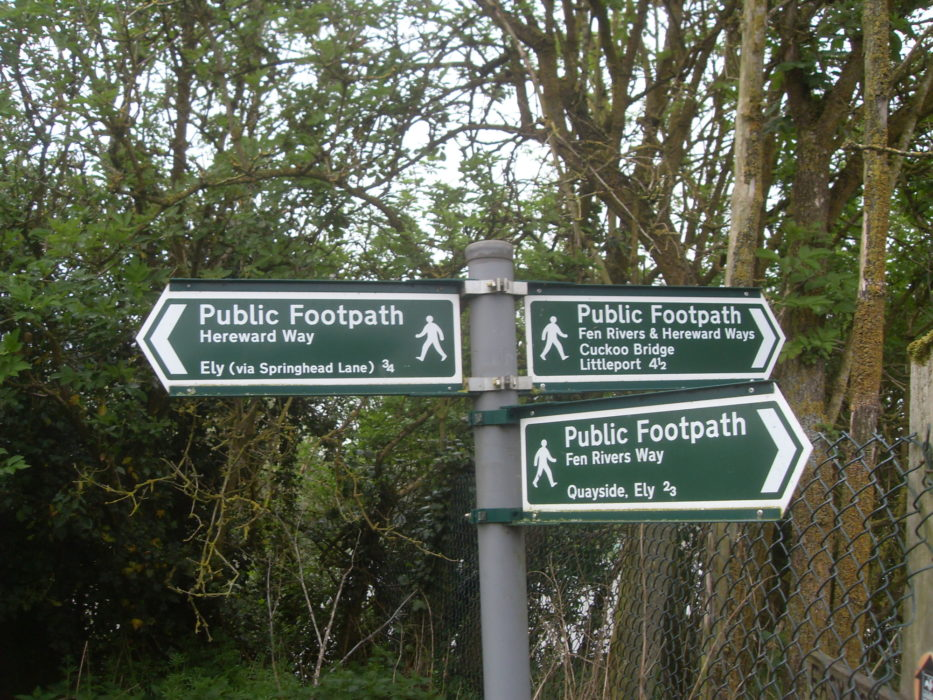 Hereward Way & Fen Rivers Way signpost