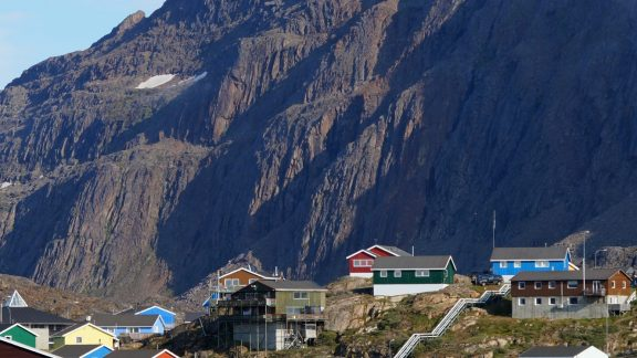 11 Sisimiut is at the end of the trail, dominated by the peak of Nasaasaaq