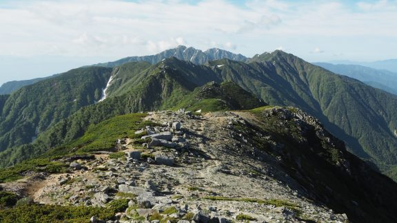 J6 A view of the Central Alps ridgeline