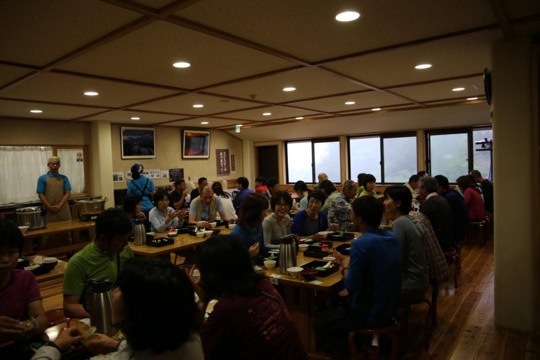 Kitadake3 Dinner time at Shirane-oike hut is always a social affair