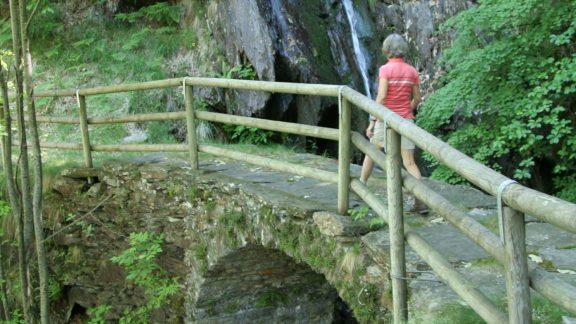 Pic22 Old Stone Bridge On The Via Borromea In Val Cannobina