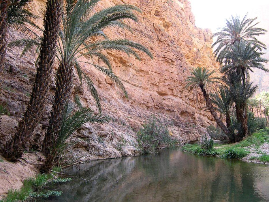 16 A  Ait Mansour Gorge