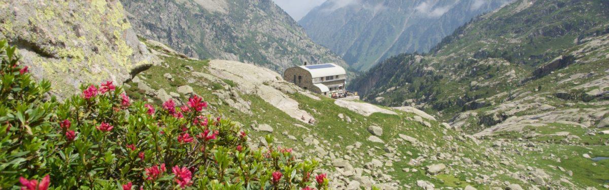 001 Refuge de Larribet (2072m) in the Central Pyrenees