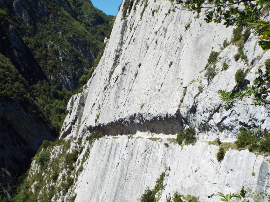 Seven Shorter Treks in the Pyrenees - Cicerone