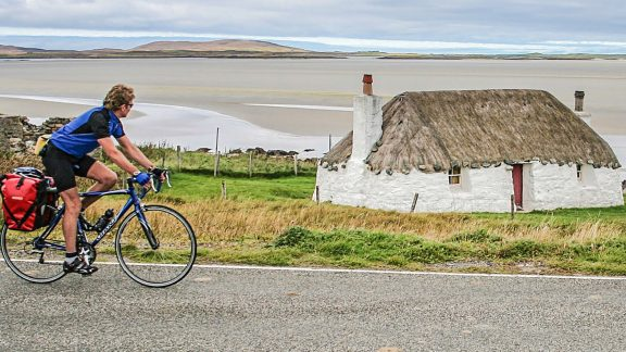 A pair of rear panniers is ideal for lightweight road touring. (Image by Richard Barrett)