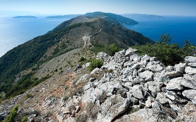 View south from the hiking trail to Sis, near Beli, on the island of Cres, Croatia © Rudolf Abraham