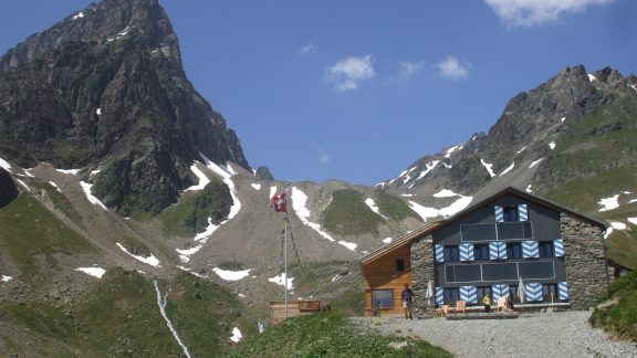 The Tuois Hut, overlooked by Piz Buin