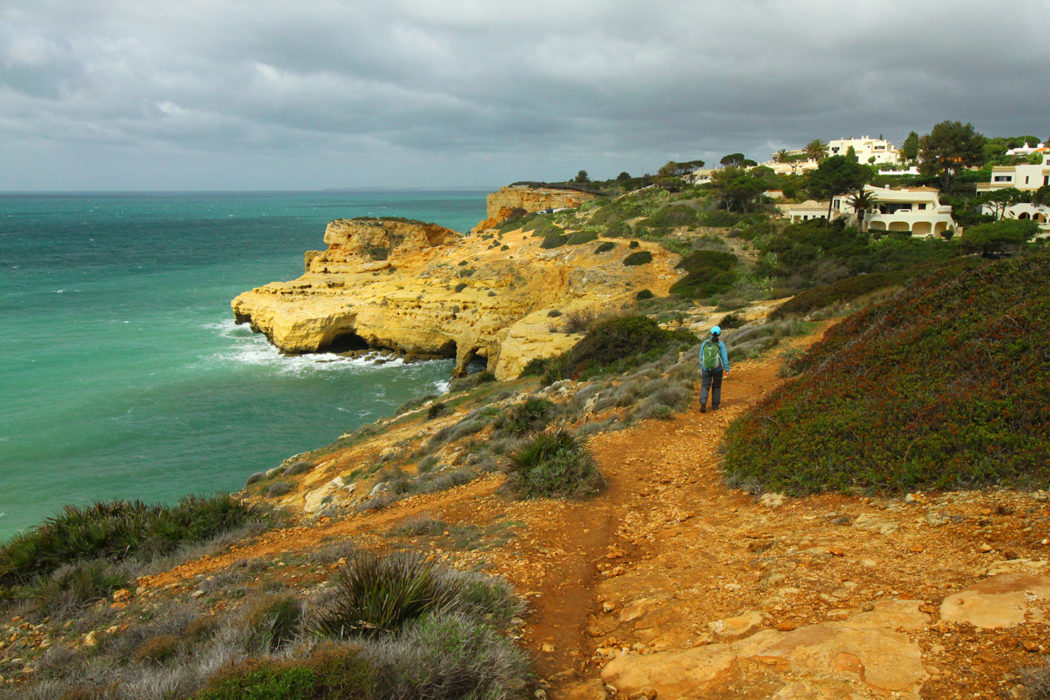 Coastal path towards Praia do Carvoeiro
