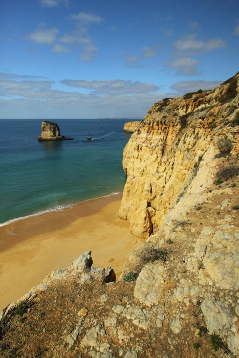 Coastal path with great views near Praia do Paradiso Walk 21