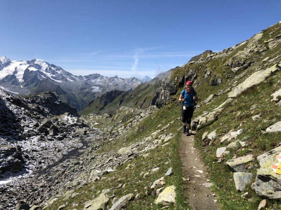 Approaching the Col de Louvie
