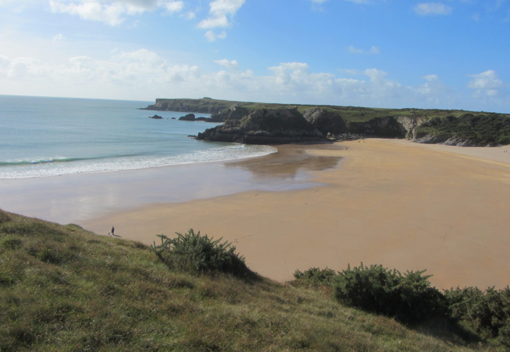 Broadhaven South beach