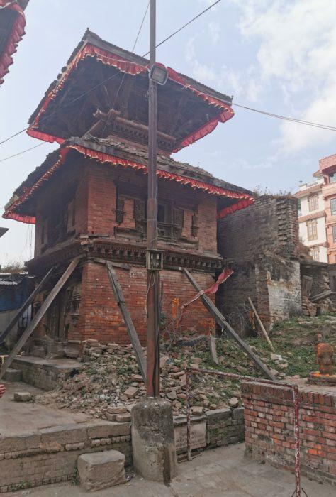 More earthquake damage in Durbar Square