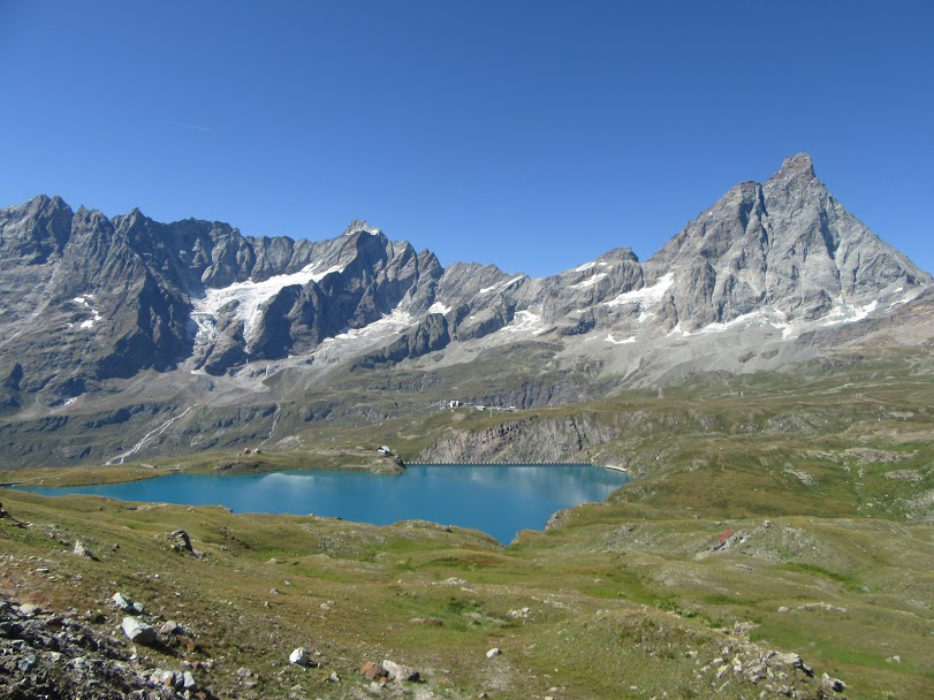 Goillet Lake with Grandes Murailles and Matterhorn