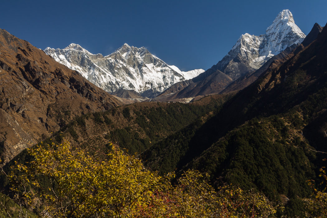 Dudh  Koshi  Valley  View From The Traverse Between  Namche  Bazaar And  Kyangjuma   The Top Of  Mount  Everest Is Visible Behind The  Nuptse Lhotse  Ridge  Ama  Dablam Is On The Right